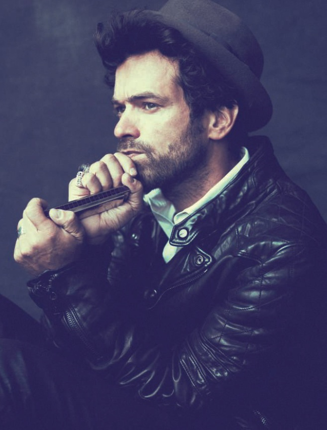 Romain Duris is a hot amazing actor!