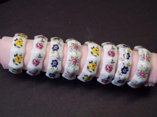 Beautiful-Set-8-Vintage-Sandford-English-Bone-China-Floral-Flower-Napkin-Rings