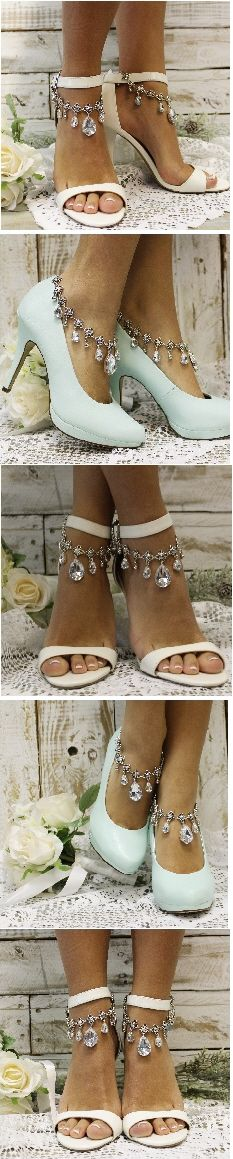 Wedding shoe fashion. Latest trend in bridal accessories. Add these handmade silver ankle bracelets to your shoes to make them magical. Catherine Cole Studio, handmade design and FREE SHIPPING! PIN AND FOLLOW FOR LATER <3