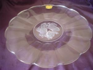 A stunning Val St Lambert Belgium crystal torte, fruit platter in the design Brussels.