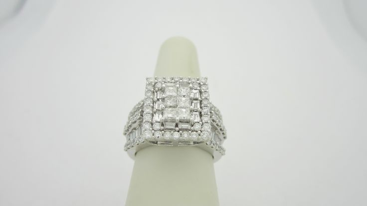 14k White Gold  3.10ctw  Natural Diamond Engagement Ring  Check out our eBay store stores.ebay.com/newbeginings10