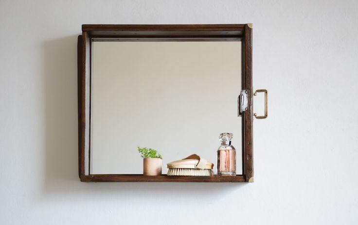 Zrcadlo v šuplíku tmavé :: www.keporkakfurniture.cz