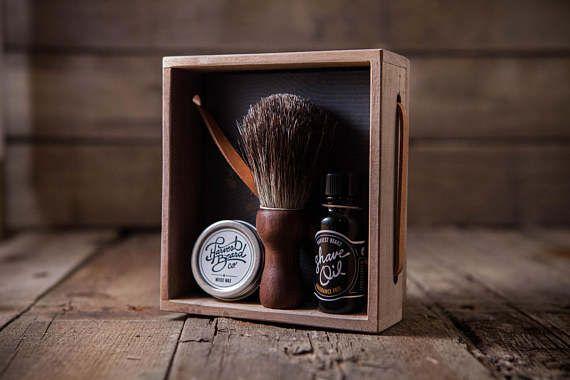 PRE-SHAVING KIT: Premium Badger Shave Brush  Prep the face