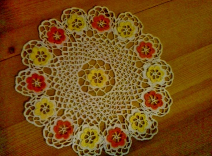 Doily with coloured flowers