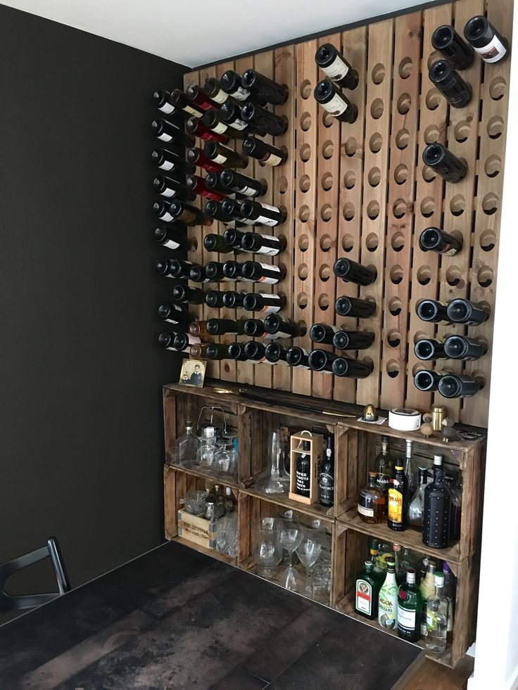 Winerack 120 bottles wall mounted