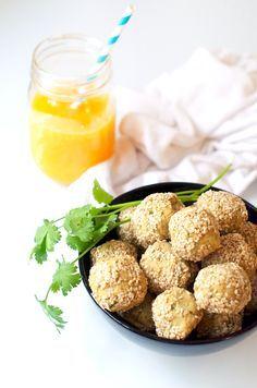 La recette est naturellement vegan et sans gluten, mais oubliez la friture ! Ici, on fait des falafels healthy, au four, sans ajout de matières grasses !