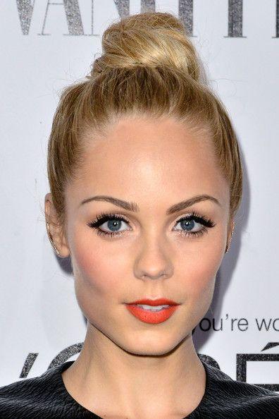 Laura Vandervoort w/ Hair Knot + Orange Lips | Vanity Fair Campaign Hollywood kickoff | #makeup #beauty