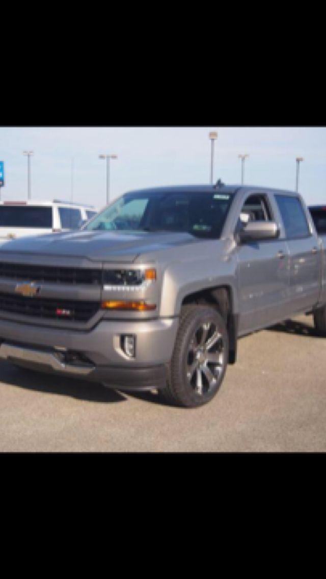 Chevrolet Silverado Truck In Pepperdust Metallic With Factory Dark Chrome Wheels Car Wheels Car Wheels Rims Car Wheels Diy