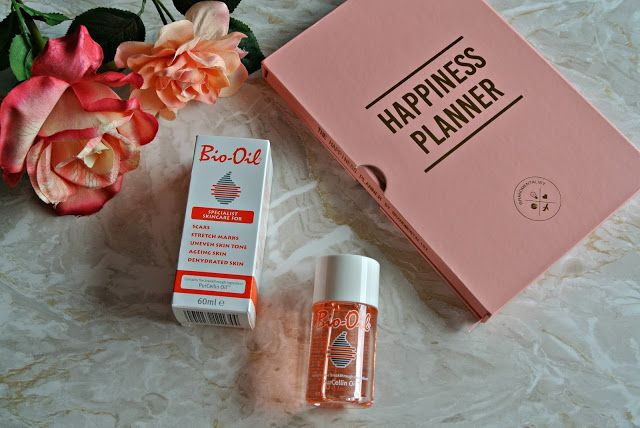 Bio-Oil is one of those beauty must haves that I have used since I was in my teens. Its great at helping to diminish the appearance of skin imperfections as well as being perfect for hydrating and so