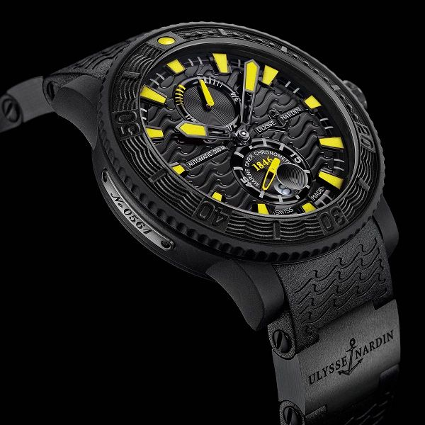 Спортивные часы Ulysse Nardin Black Sea   LuxuriousWatches.ru