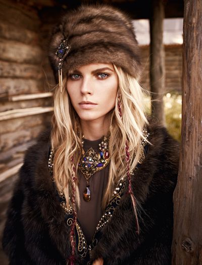 Maryna Linchuk for Russian Vogue <3