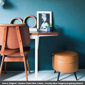Classico Chalk Paint wall in the colour - Country Blue Imageby  Ingeborg Simone #countryblue #pureandoriginal #naturalpaint #natural #paint #chalkpaint #classico #interiordesign #interiorpaint #interiordesign #interiorinspiration #decorating #painting #vocfree #nontoxic