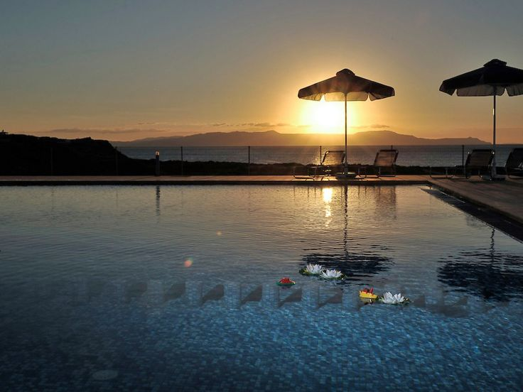 """Pet friendly holiday home with private pool. Price class € 500 – € 1000 Stavros 16 km from Chania: Child friendly, comfortable 2-family house """"Cretan View"""", built in 2010. On the outskirts, in a quiet, sunny position, 50 m from the sea, 1 km from the beach, located by..."""