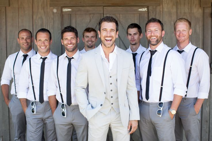 Love me some suspenders on my guys! #BADapproved  10 Ways to Style Your Groom (and his men) Vintage - Suspenders