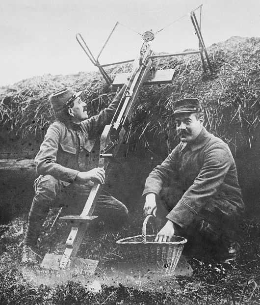 French soldiers with a Sauterelle bomb-throwing crossbow in 1915