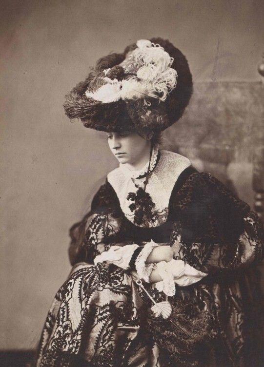 также графиня авенировна фото некоторые