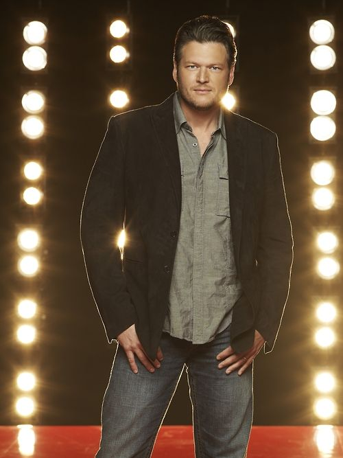 Blake Shelton's eyes are smoldering with anticipation! TWO WEEKS until Season 3! #TheVoice #TeamBlake
