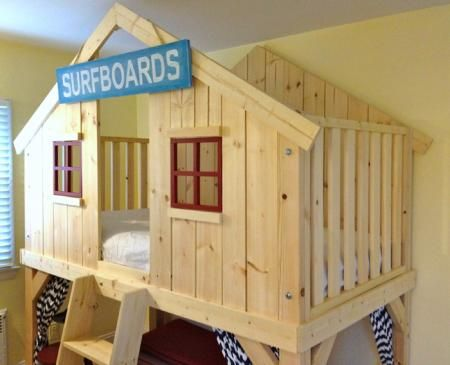 I want to make this!  DIY Furniture Plan from Ana-White.com  Build a clubhouse b…