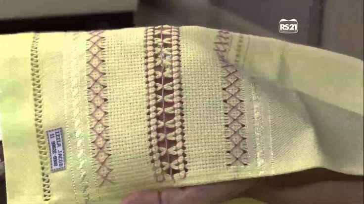 Mulher.com 01/04/2013 Leila Jacob - Pano de copa com faixa de etamine Parte 2/2