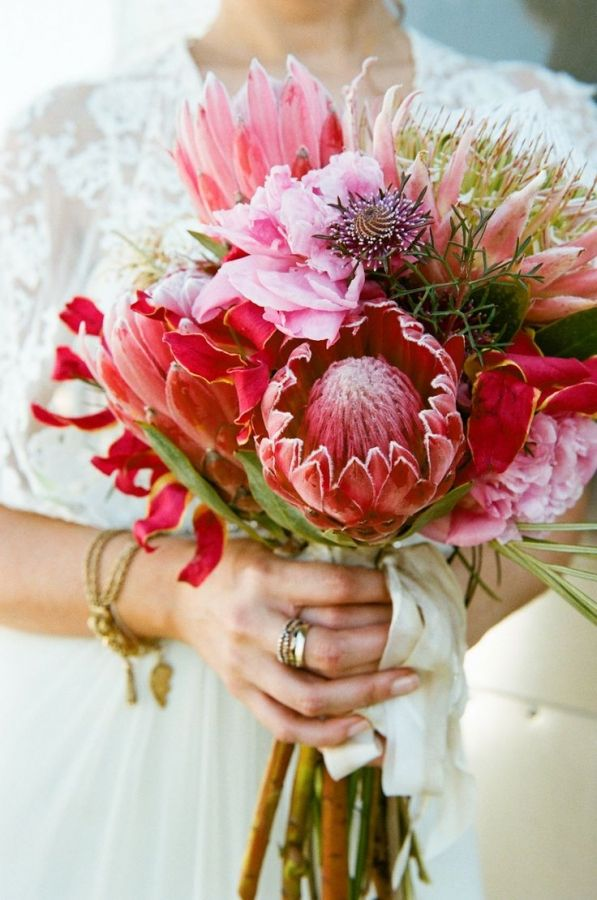 Bohemian Protea Bouquet, Perfect for a Chic and Relaxed Beach Wedding | Q Weddings | See More! http://heyweddinglady.com/chic-and-relaxed-tropical-hibiscus-wedding-inspiration/