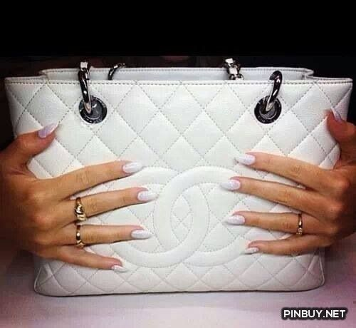 Fashion - Chanel Bag