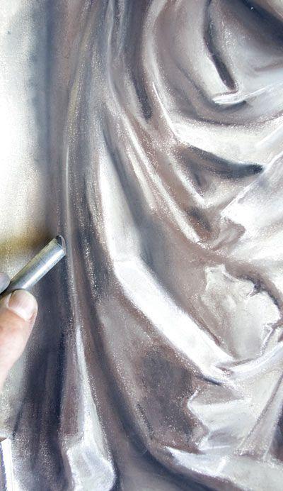 Méthode pour dessiner les ombres d'un drapé aux pastels