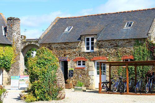 Camping France 4 stars, Bretagne - Golfe du Morbihan | camping Le Manoir de Ker An Poul, camping Castels