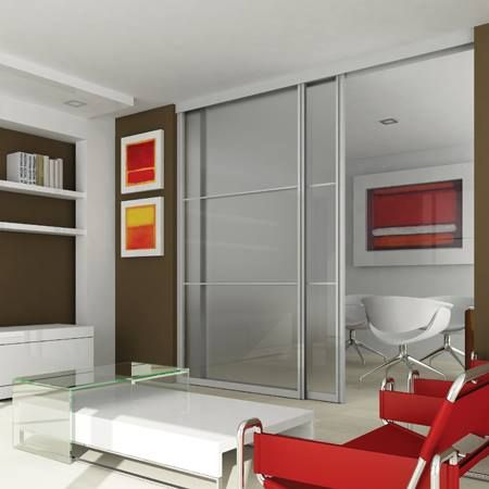 Sistema de perfiles de aluminio anodizado para puertas divisorias de ambientes, de fácil armado. Para vidrios de 6mm de espesor.
