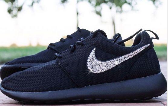 estynice.com 52%-off Sneakers Silver Bling Nike Roshe swarovski All Black - Click Image to Close