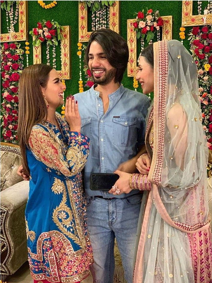 bdee3ce95d Pin by 👑mar u.j👑 on Dramazz in 2019 | Pakistani dresses, Iqra aziz,  Pakistani dramas