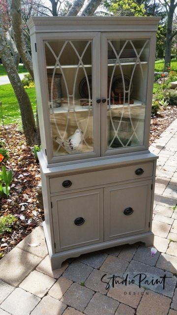 "Painted Duncan Phyfe Hutch ""Cindi"""