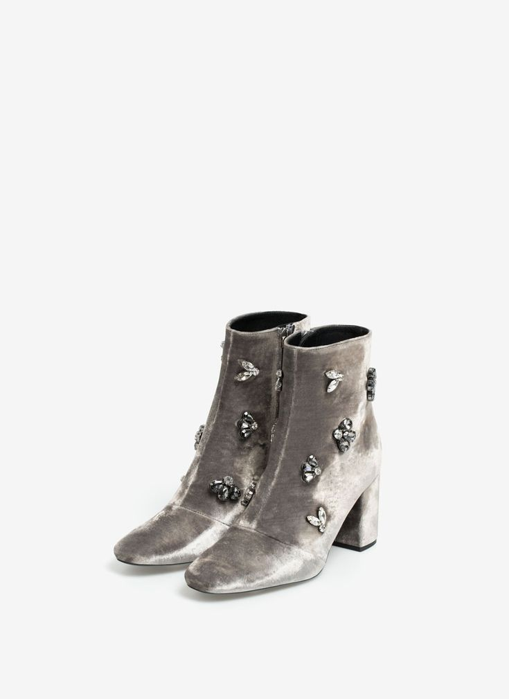 Gem ankle boots - Velvet - Footwear - Uterqüe Switzerland