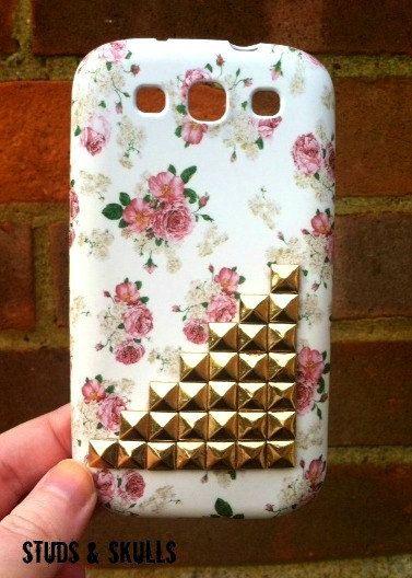 Studded Samsung Galaxy S3 Phone Case Pink Vintage Flower Gold Pyramid