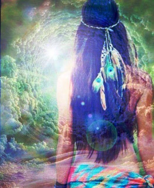 Manantiales de Armonías: La Paz del amor...Puede que cada uno de nosotros haya tenido muchas luchas existenciales, algunas incluso, más difíciles de lo que ser humano haya soñado o temido jamás, pero lo que no sabemos es que ¨todo, absolutamente todo, pasa y se termina¨... De una manera u otra, en verdad no es tan importante el cómo, sino el cuándo, porque las cosas toman el lugar que les corresponden y a cada uno le llega el momento del descanso, de la serenidad o de la paz emocional…