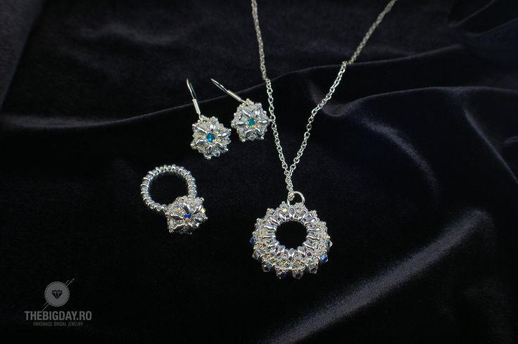 The Big Day | #1-0033 Pandativ Swarovski Silver Circle http://thebigday.ro/  #Swarovski #swarovskijewelry #jewelry #handmadejewelry #wedding #mireasa #bijuterii #cristale #bijuteriimireasa #nunta