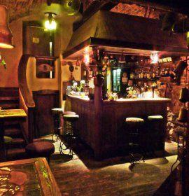 Klub Święta Krowa to jedna z najciekawszych knajpek na mapie krakowskich lokali.