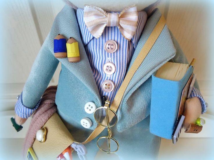 bebek, tildas, tilda bebekler, bez bebek tasarımı, textile doll, avukat, lawyer man, doctor woman, doktor, bebek, öğretmen, teacher
