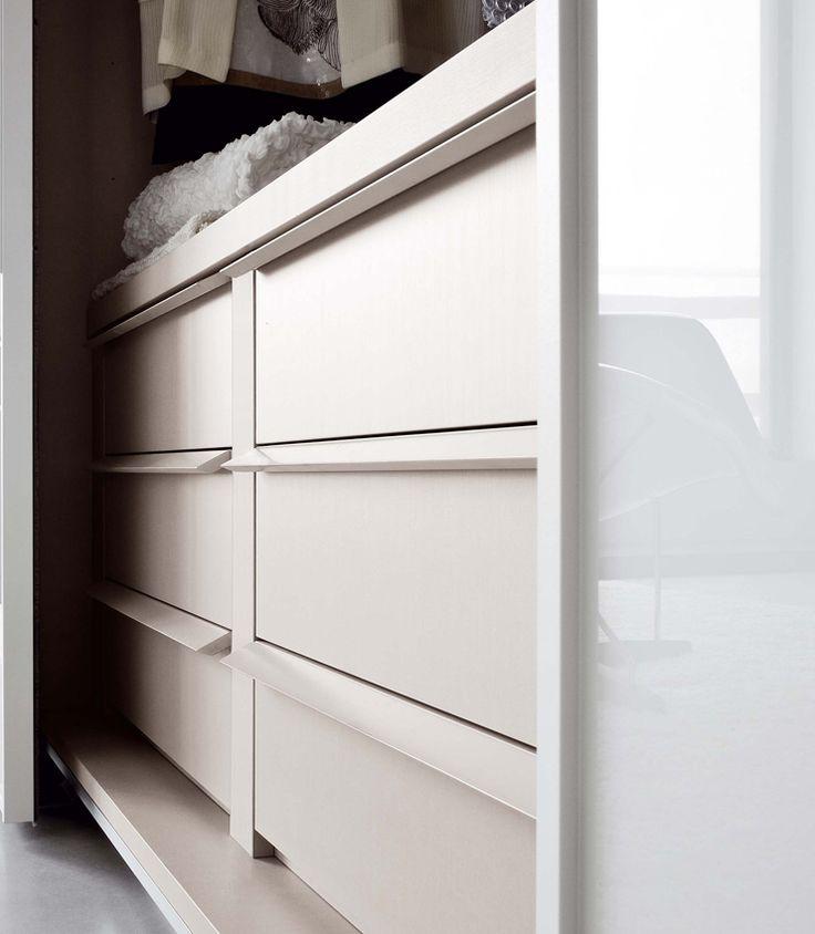 Deluxe Door Designs By Amersham S Iq Furniture: 1000+ Ideas About Sliding Wardrobe Doors Uk On Pinterest