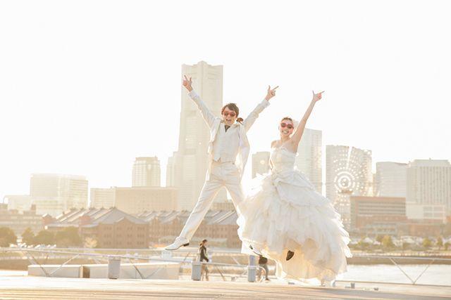 洋装ロケーションフォト|【東京・大阪・京都・神奈川・千葉・埼玉・三重】フォトウェディング写真専門スタジオクレールで、和装ロケーションフォトやドレス写真、写真のみ結婚式の様々なフォトウェディングプランをご提供致します。二人だけの記念に残る結婚式写真。