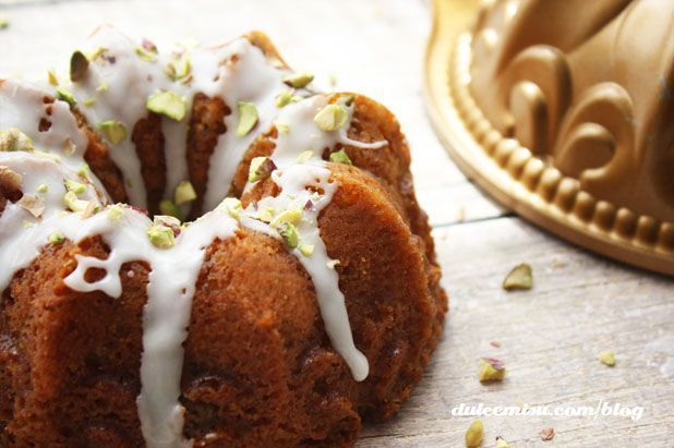 Mini-bundt-cake-chocolate-blanco-y-pistachos-7-copia.jpg (618×411)