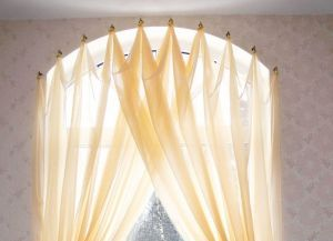 Как повесить шторы без карниза5