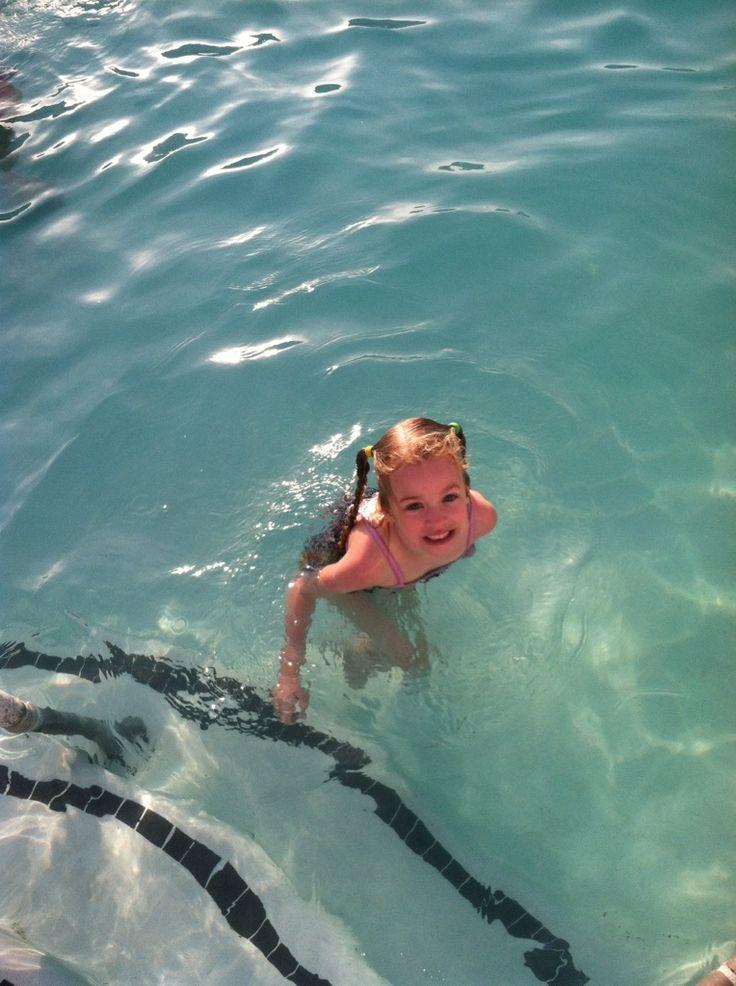 Learning to swim underwater! #haywardpinyourpool