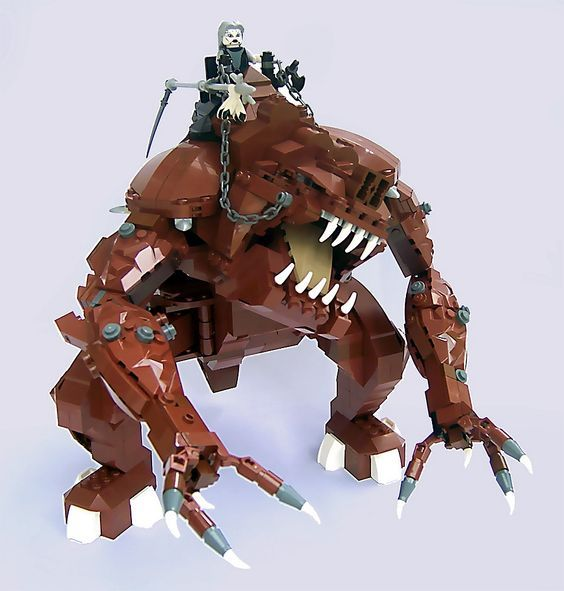 Rancor par Daiman Mardon - Come visit us at www.hothbricks.com, www.lordofthebric... & www.brickheroes.com for up to date news about LEGO stuff: