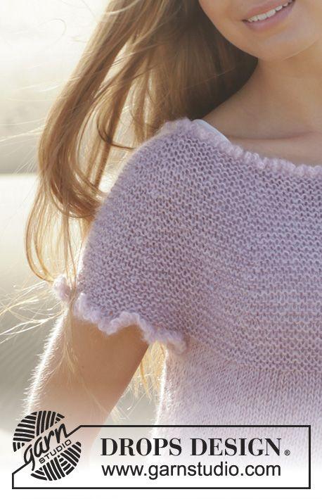 Stickad DROPS kofta i Cotton Viscose och Kid-Silk med vågmönster och runt ok. Stl S - XXXL. Gratis mönster från DROPS Design.