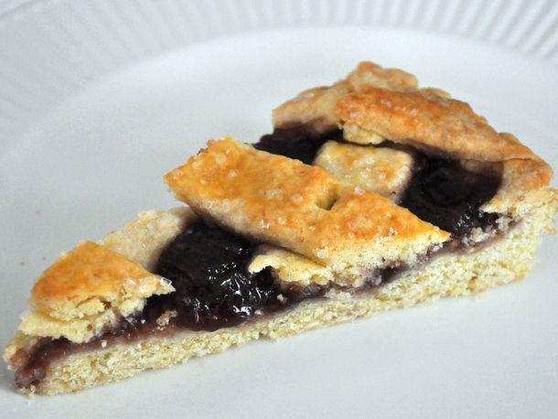 Wake and Bake: Raspberry Jam Crostata