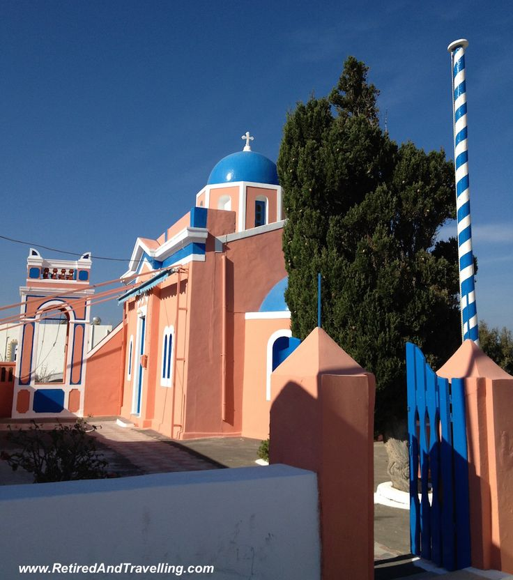 The colours of Santorini are everywhere!