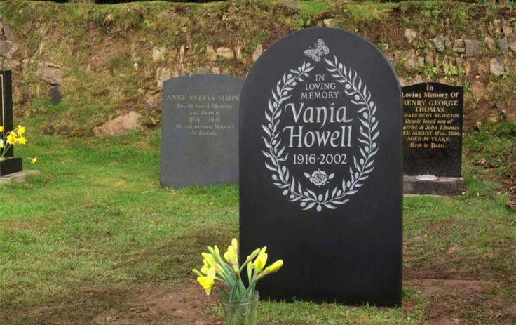 Decorative Headstone Designs by Artist Craftsman Ieuan ...