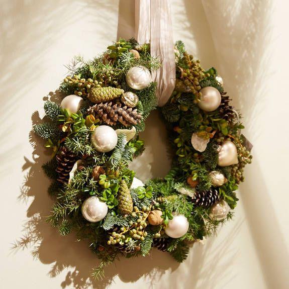 Karácsonyi koszorúk harmonikus termékbemutató