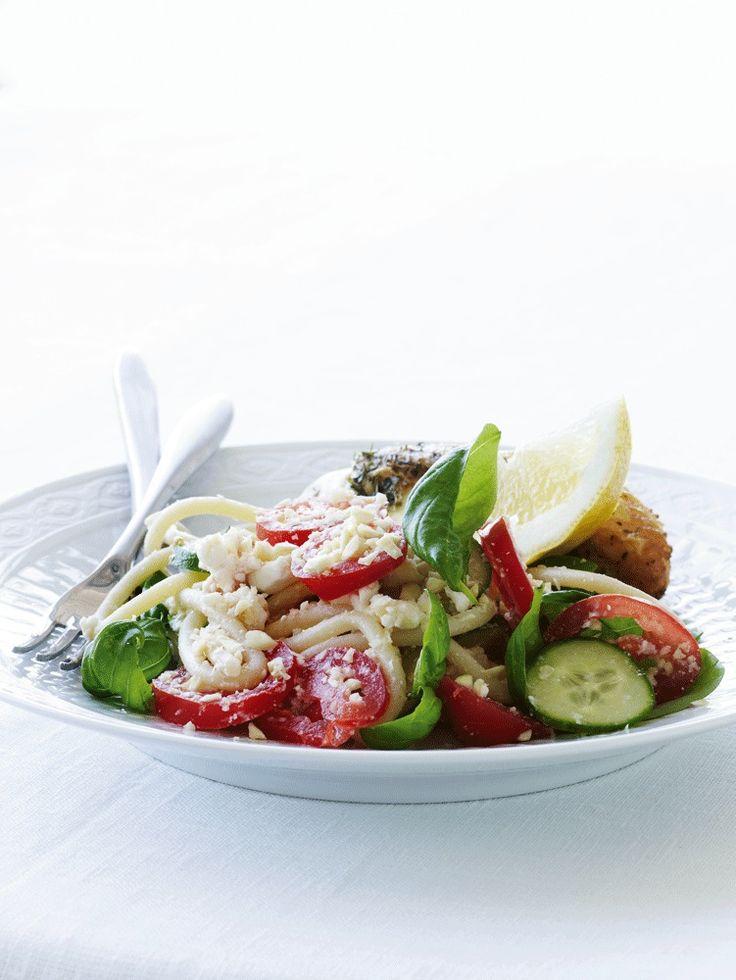 Nem italiensk pasta med feta til en saftig grillet kylling - smagen af Italien i en mundfuld! En nem og skøn opskrift, med Italiens bedste råvare!