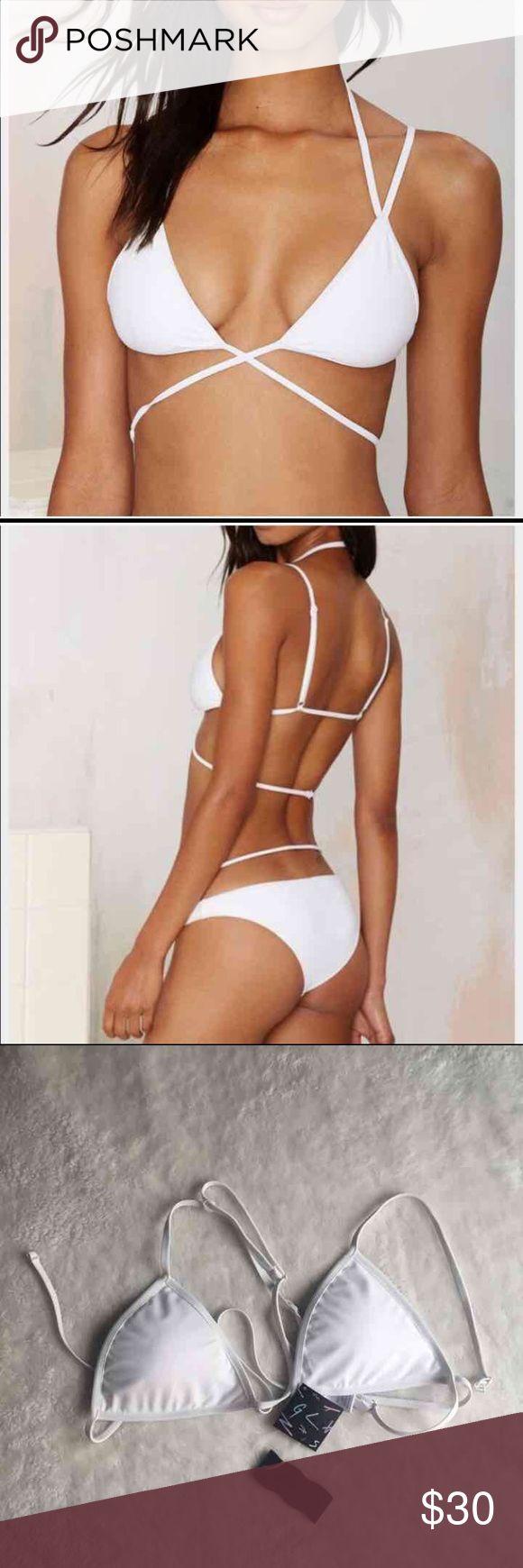 NWT Nast Gal Sugarhill Bikini top NWT cute and trendy white bikini top from nasty gal Nasty Gal Swim Bikinis